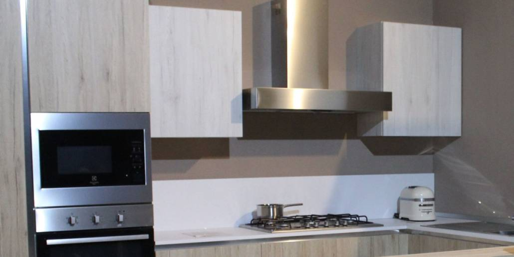Best Wall Mounted Range Chimney Hood - Top 10 Reviews 2019